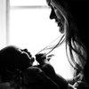 11272018_mother_baby_unsplash